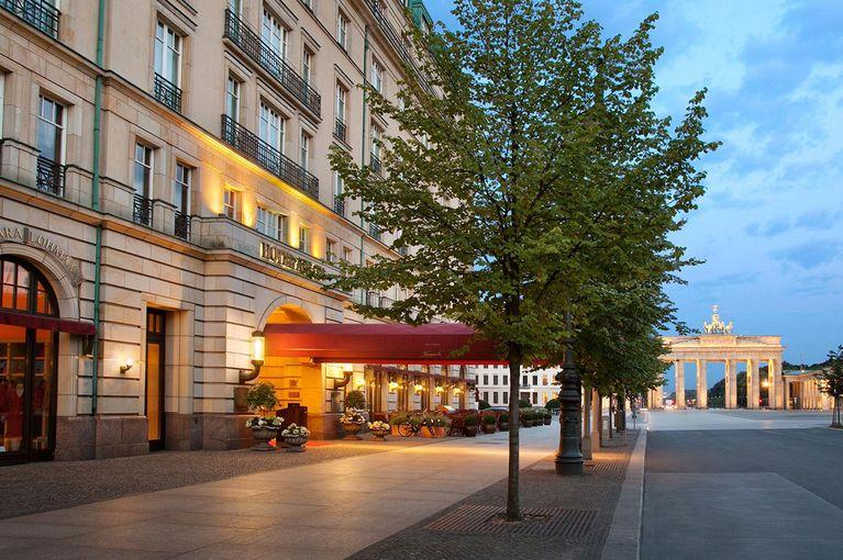 Restaurantkritik Lorenz Adlon Esszimmer Berlin